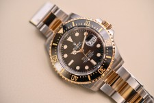 Rolex-Sea-Dweller-43mm-Rolesor-126603-Replica-1