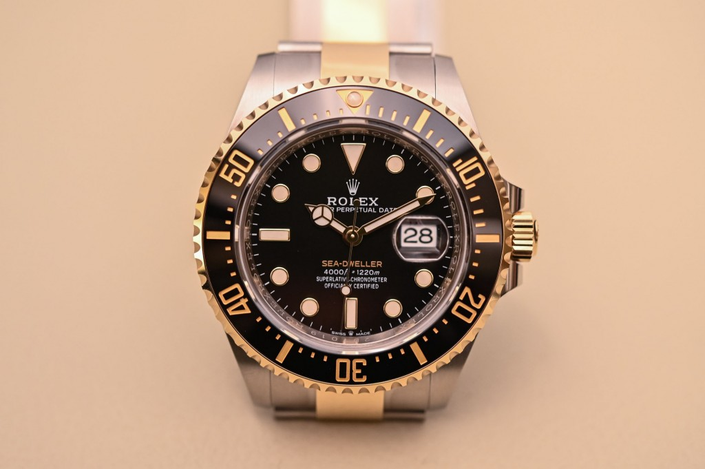 Rolex Sea Dweller 43mm Rolesor 126603 Replica